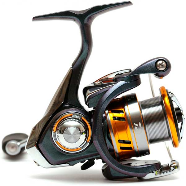 Daiwa 18 Regal LT 2500D